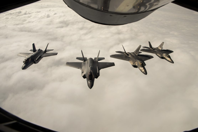 Stealth fighters to communicate via U-2